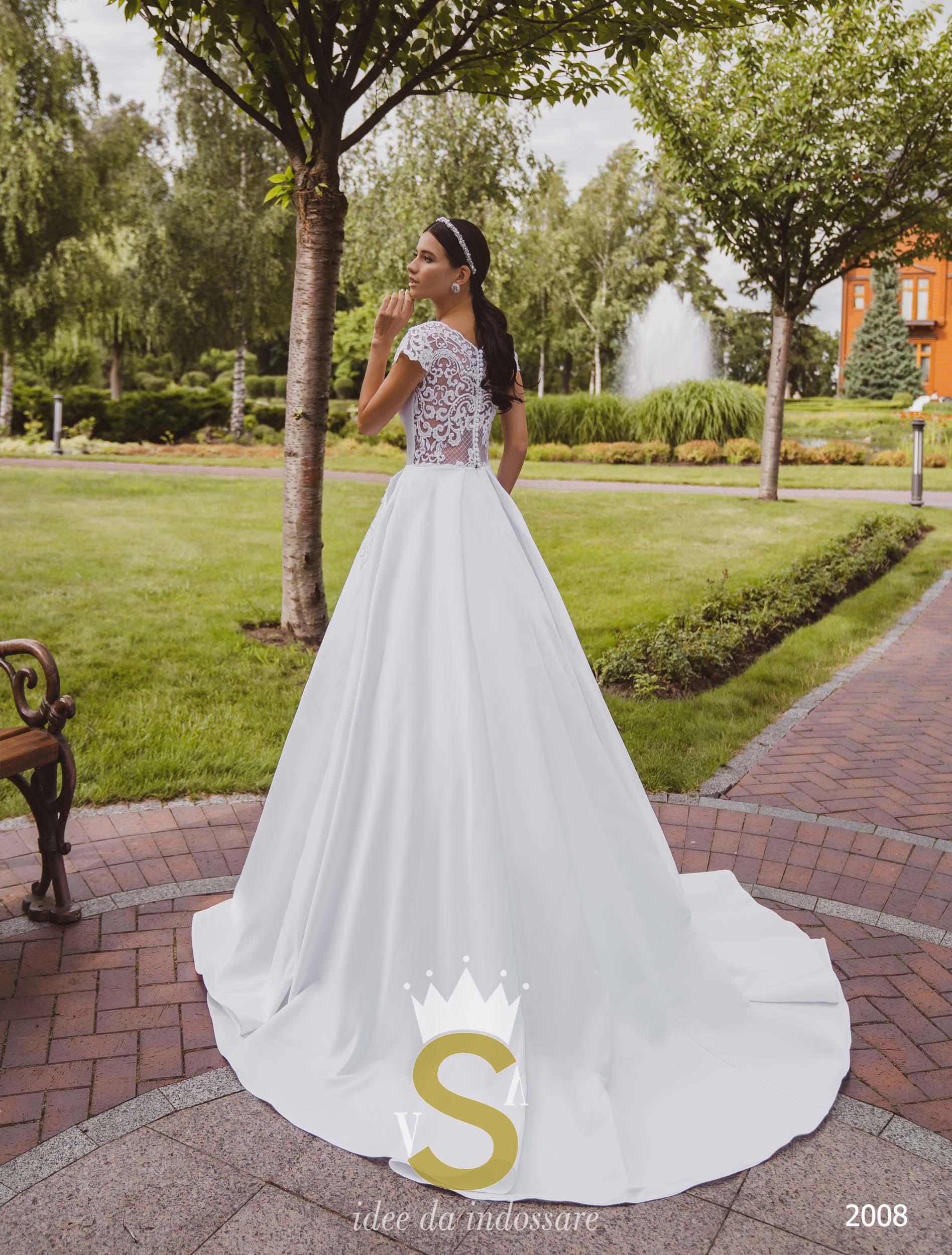 Vestiti Da Sposa In Raso.Abito Da Sposa In Raso E Pizzo 2020 Vsv Abiti Su Misura Torino